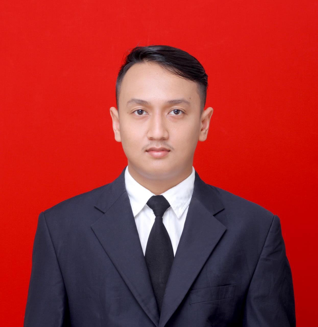 28. Inu Hanendra S.Pd